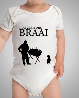 nou-gaan-ons-braai_baby_onesie_white-black